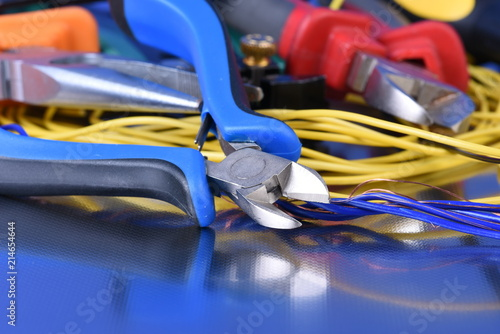 Fotografia  Tools for use in electrical installations