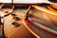 Inside Grand Piano, Strings Cl...