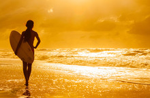 Woman Bikini Surfer & Surfboar...