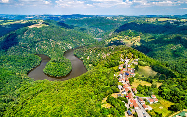 Meander of Queuille on the Sioule river in France