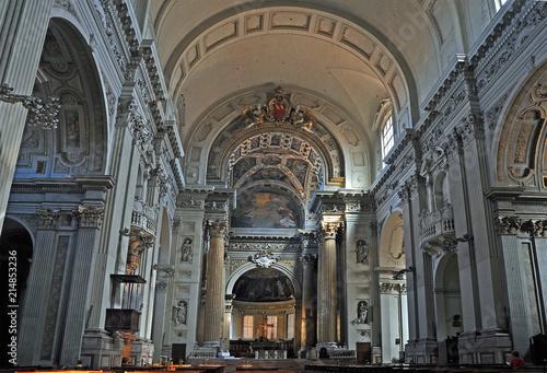 Deurstickers Antwerpen Bologna, Italy, Saint Peter Cathedral interior.