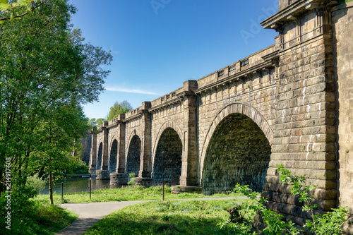 Fotografia The Lune aqueduct, which carries the Lancaster canal over the River of the same name