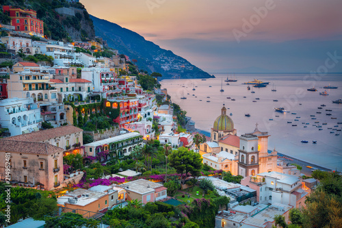 Poster de jardin Cote Positano. Aerial image of famous city Positano located on Amalfi Coast, Italy during sunrise.