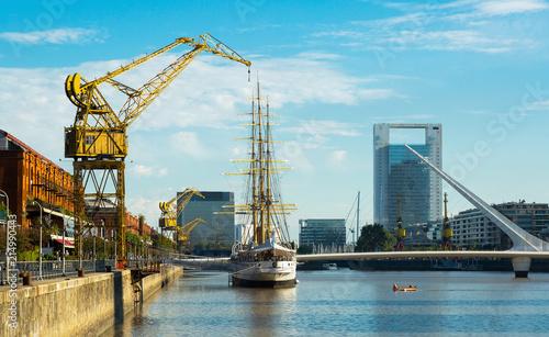 Fotobehang Poort Embankment and port (Puerto Madero), Buenos Aires