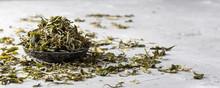Loose Dried White Tea Leaves O...