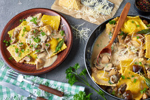 Ravioli In Creamy Garlic Mushrooms Sauce