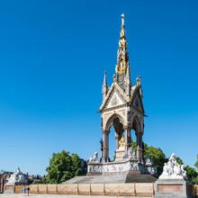 Albert Memorial In London, Eng...