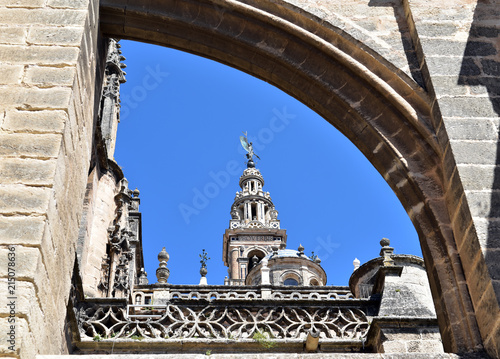 Vászonkép Flying buttress, Gothic style architectural detail of Seville Cathedral in Spain