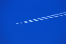 Plane With Chemtrails Or Conde...