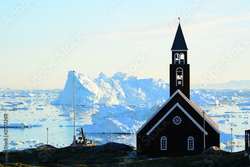 Fotobehang Poolcirkel Church in Greenland