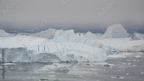 Poster Poolcirkel Icebergs. Greenland