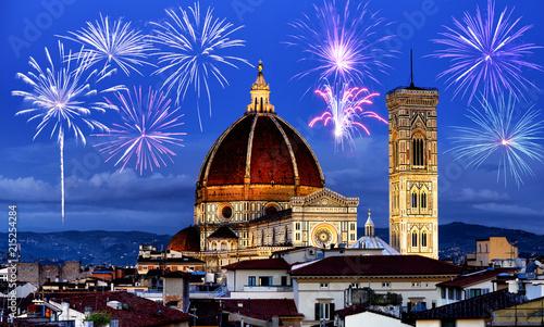 Obraz na plátně Fireworks over Florence skyline, Tuscany, Italy