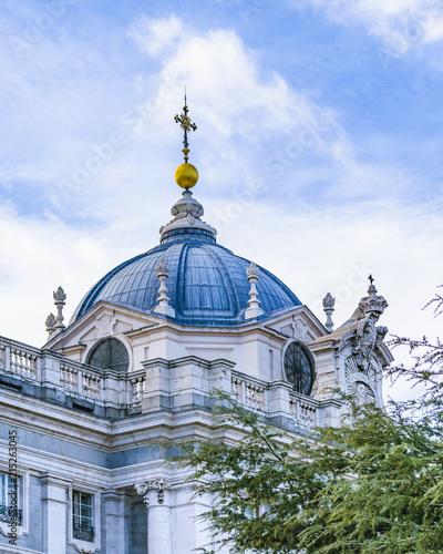 Spoed Foto op Canvas Bedehuis Santa Maria la Real de la Almudena Cathedral