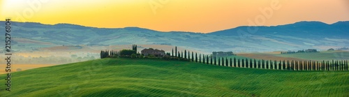 Foto  The most beautiful view in Tuscany Italy.