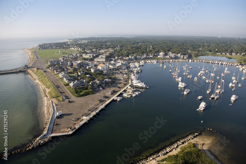 Foto op Canvas Stad aan het water Aerial View of Oak Bluffs, Martha's Vineyard, Massachusetts, USA