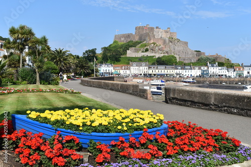 Mont Orgueil Jersey castle that overlooks the harbor of Gorey Poster Mural XXL