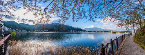 Foto auf AluDibond Dunkelgrau Panorama image of Mount Fuji and Lake.