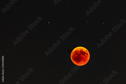 Photo Red moon during eclipse