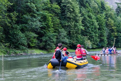 Rafting auf der Dunajec bei Sromowce Niżne; Nationalpark Pieninen