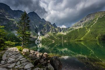 FototapetaGewitterwolken über dem Meerauge (Morskie Oko) – Hohe Tatra; Polen