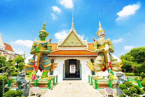 Deurstickers Aziatische Plekken Wat Arun temple in Bangkok, Thailand