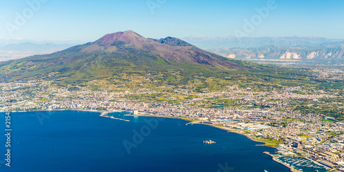 Foto op Plexiglas Napels Napoli (Naples) and mount Vesuvius in the background at sunrise in a summer day, Italy, Campania