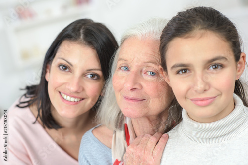 Photo Portrait of three women of differing ages