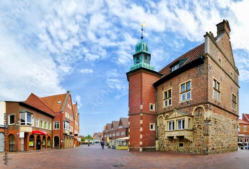 Staande foto Oude gebouw Historisches Rathaus Meppen
