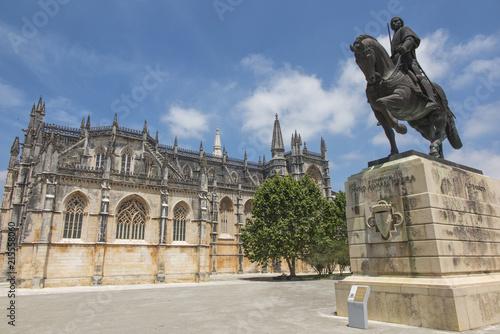 In de dag Historisch mon. Statua Nuno Alvares Pereira na koniu w Batalha