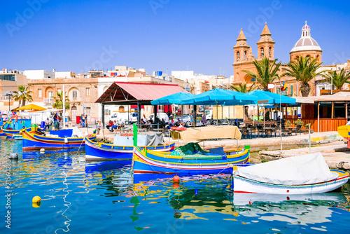 Papiers peints Europe Méditérranéenne Marsaxlokk, Malta - Luzzu boats