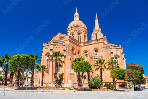 Fotografie, Obraz  Mgarr, Malta - Gothic church in Gozo Island
