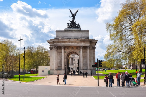 Wellington Arch (Constitution Arch) in London, UK Wallpaper Mural