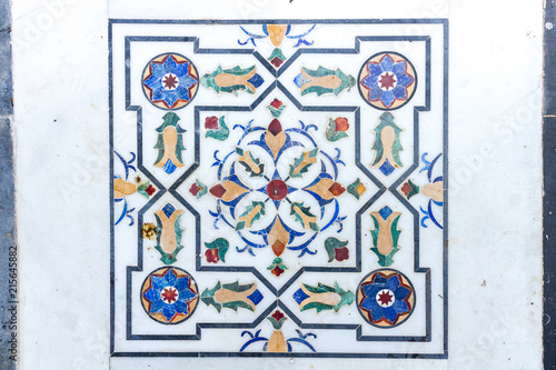 Valokuva  Inlaid marble floor tile forming part of the walkway on an island in Udaipur