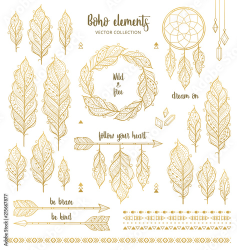 Foto auf AluDibond Boho-Stil Set of boho style hand drawn elements in golden color. Boho design elements collection with ethnic feathers, arrows, dream catcher, wreath, borders and inspirational quotes