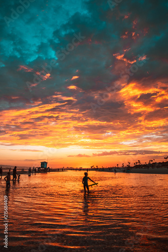 Spoed Foto op Canvas Zee zonsondergang Fiery Beach Sunset 2