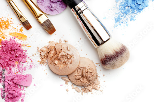 Obraz make-up cosmetics isolated on white background - fototapety do salonu