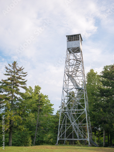 Valokuva  Allis State park fire tower (Vermont, U.S.A.)