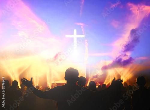 Fotografia Church worship concept:Christians raising their hands in praise and worship at a