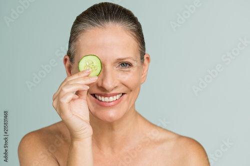 Fotografía  Moisturizing treatment for mature skin
