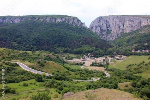 Fotografia, Obraz  Road to Turda Gorge - Cheile Turzii and  the  entrance
