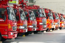 ズラリと並んだ消防車