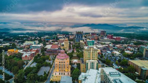Fotografía  Drone Aerial of Downtown Asheville North Carolina Skyline