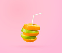 Ripple Cut Fruit Juice With Straw