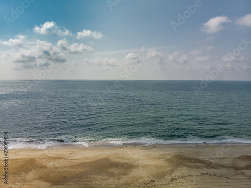 Fotografering Atlantic ocean and the sandy beach in Western France