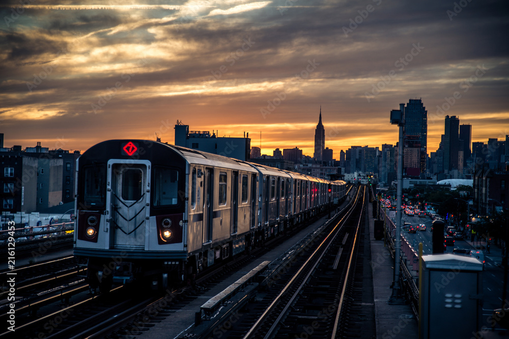 Obraz Subway train in New York fototapeta, plakat