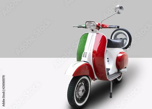 Fond de hotte en verre imprimé Scooter Moto italiana tricolore