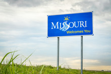 Missouri Welcomes You Roadside...