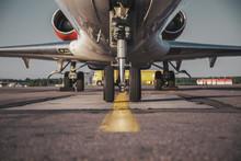 Jet's Front Nose Landing Gear ...