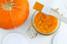 Homemade Pumpkin Face Mask In ...