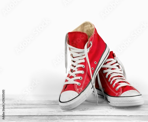 Obraz na płótnie Pair of new red sneakers